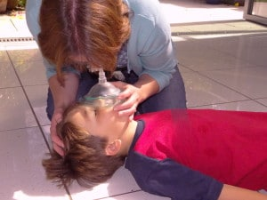 child resus with mask