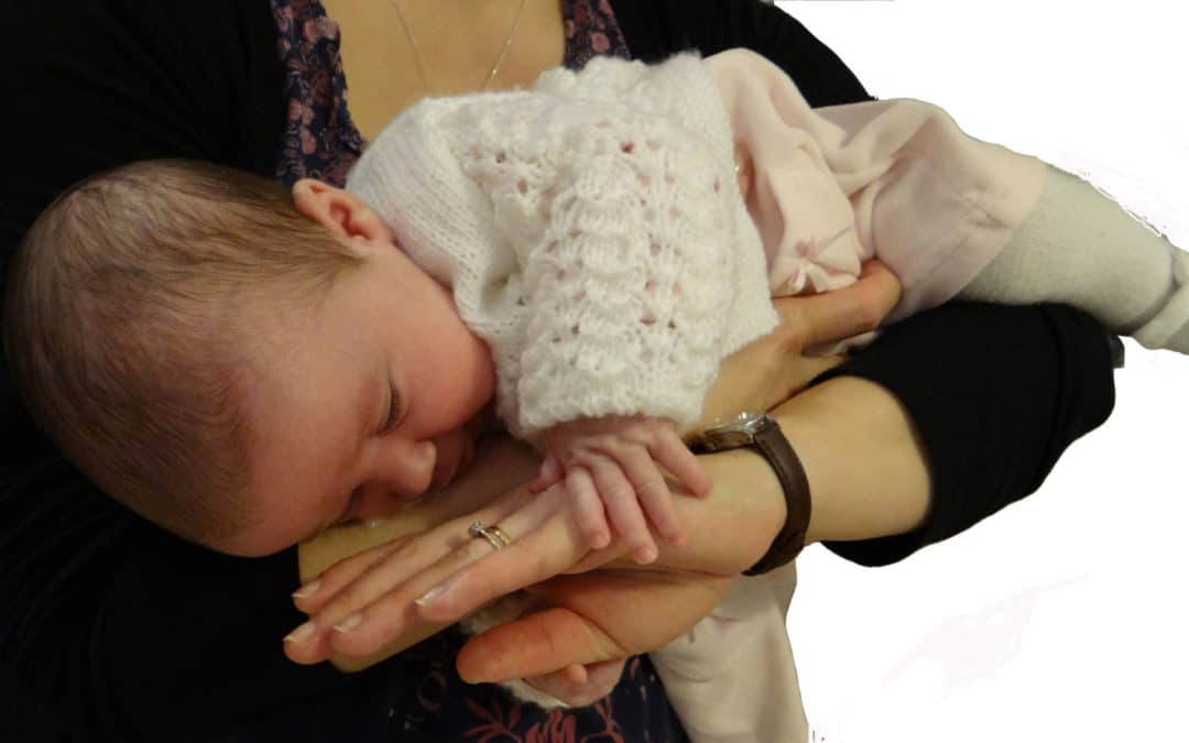 How to put an adult, baby or child into the recovery position