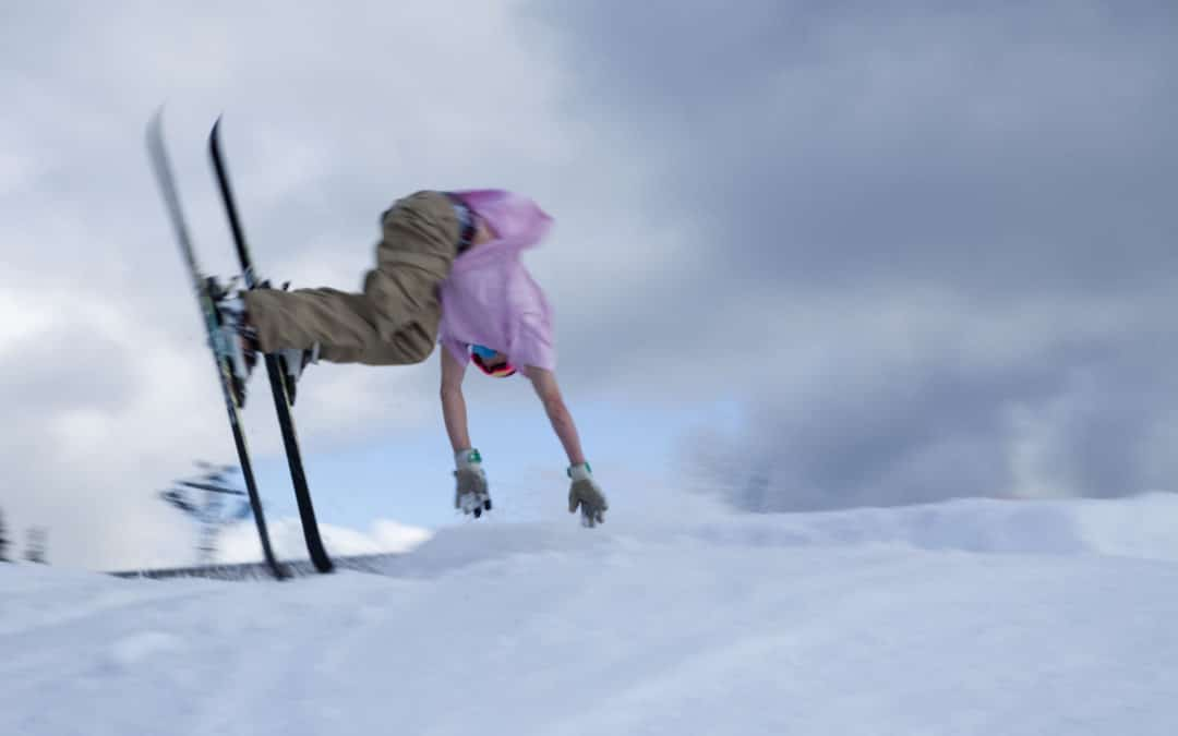 What to do if you have an accident when skiing