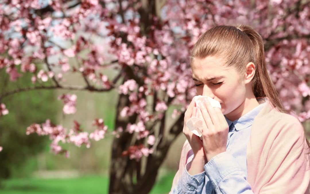 Seven top tips to help you control your asthma during hay fever season